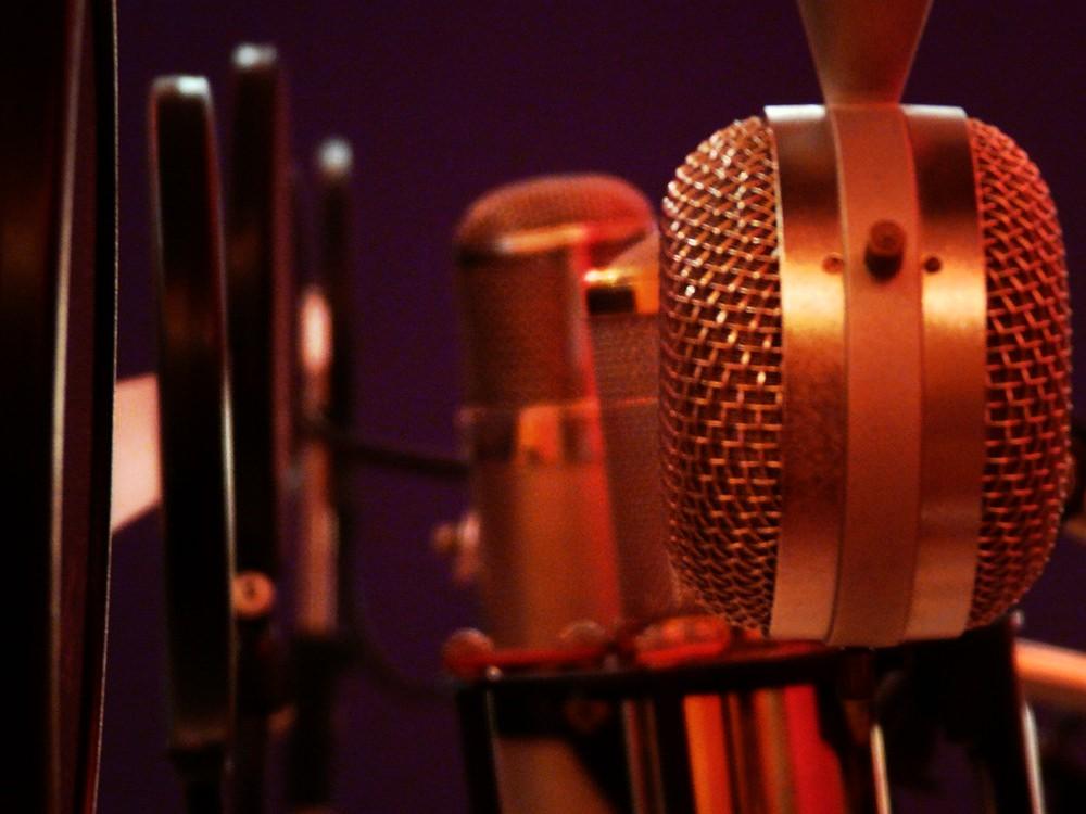 Recording Vocals (Part I) - Roger Montejano  Vocals